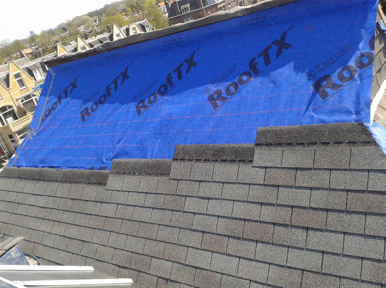 compleet shingledak vervangen inclusief de zinken dakgoten en zinken daken van de dakkapellen
