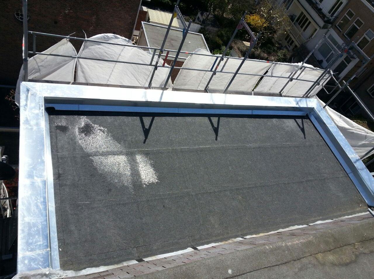 Dakkapel vervangen en zinken daklijsten Den Haag