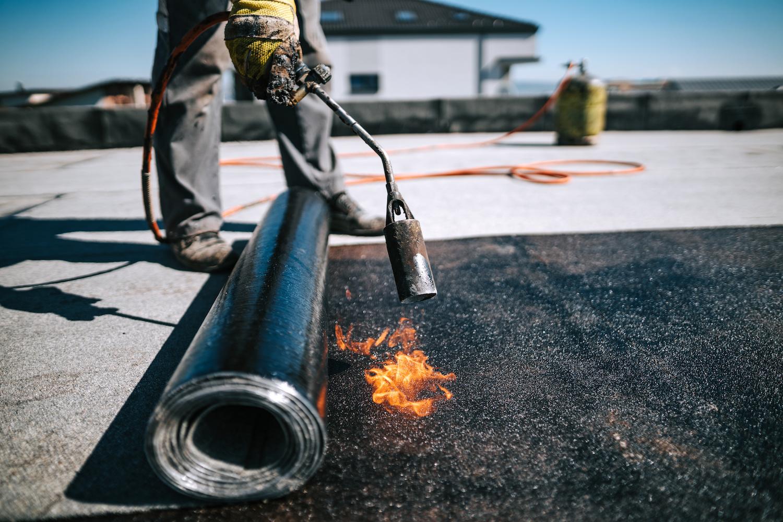 Bitumen dak leggen